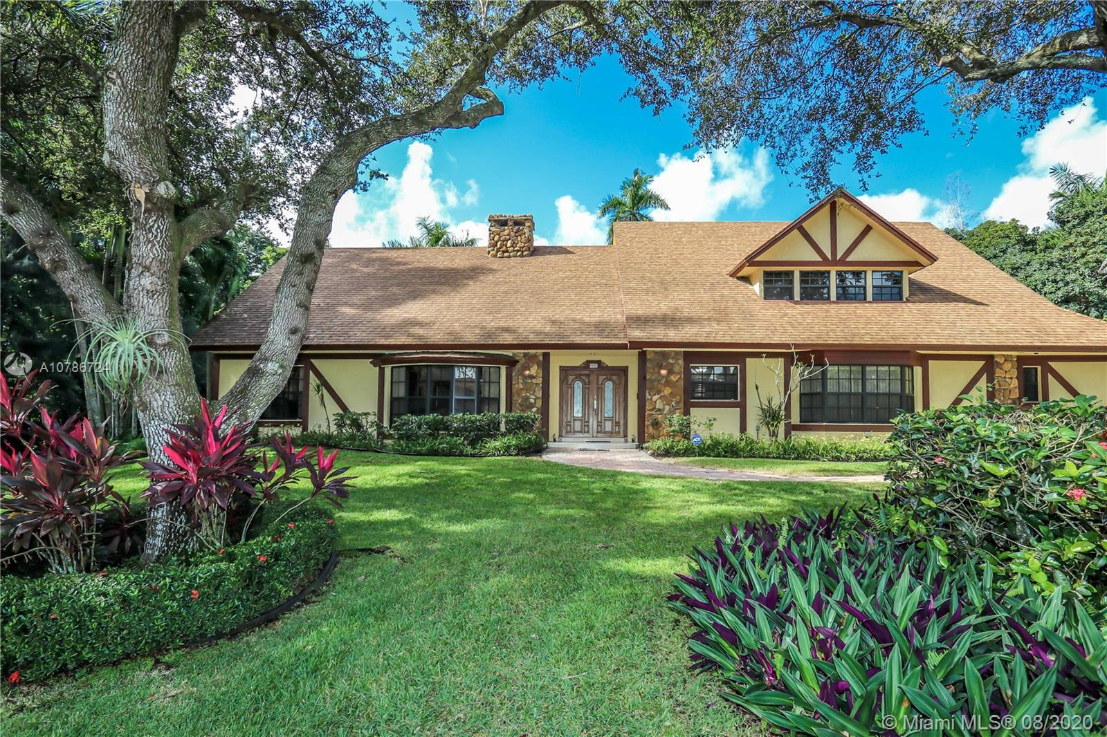 4451 SW 102nd Ave  For Sale A10786724, FL
