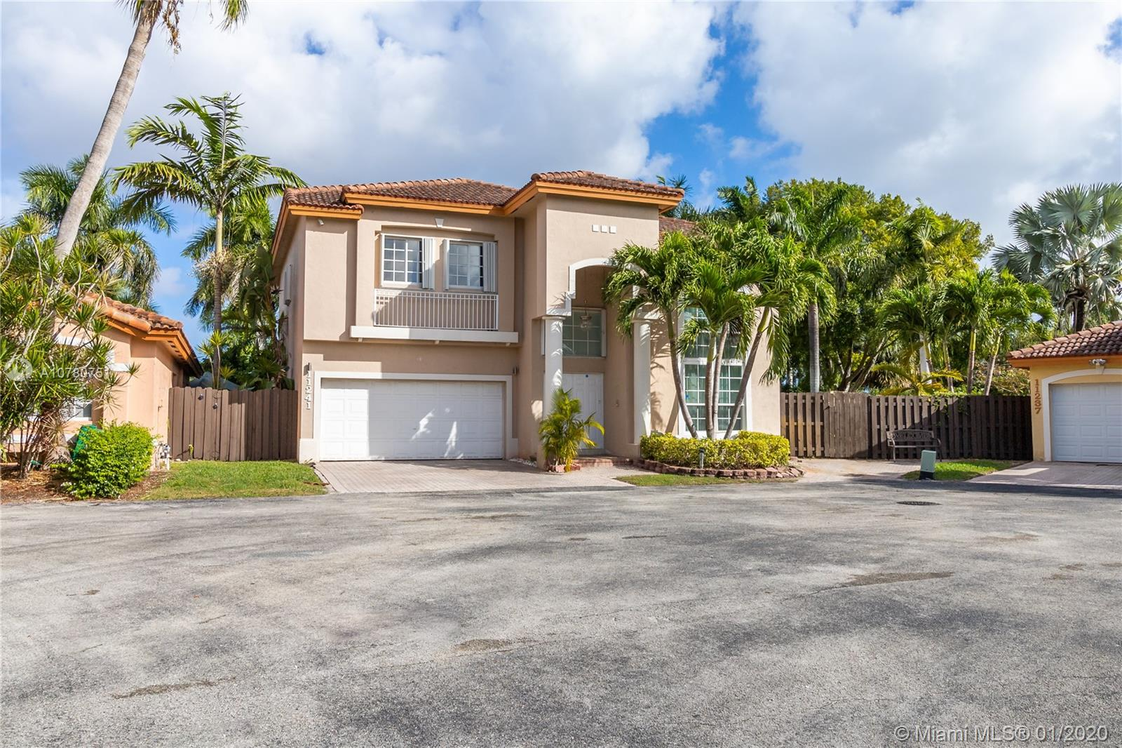 11241 NW 59th Ter  For Sale A10780751, FL