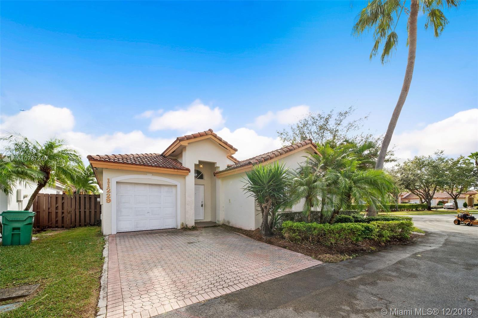 11229 NW 59th Ter  For Sale A10787240, FL
