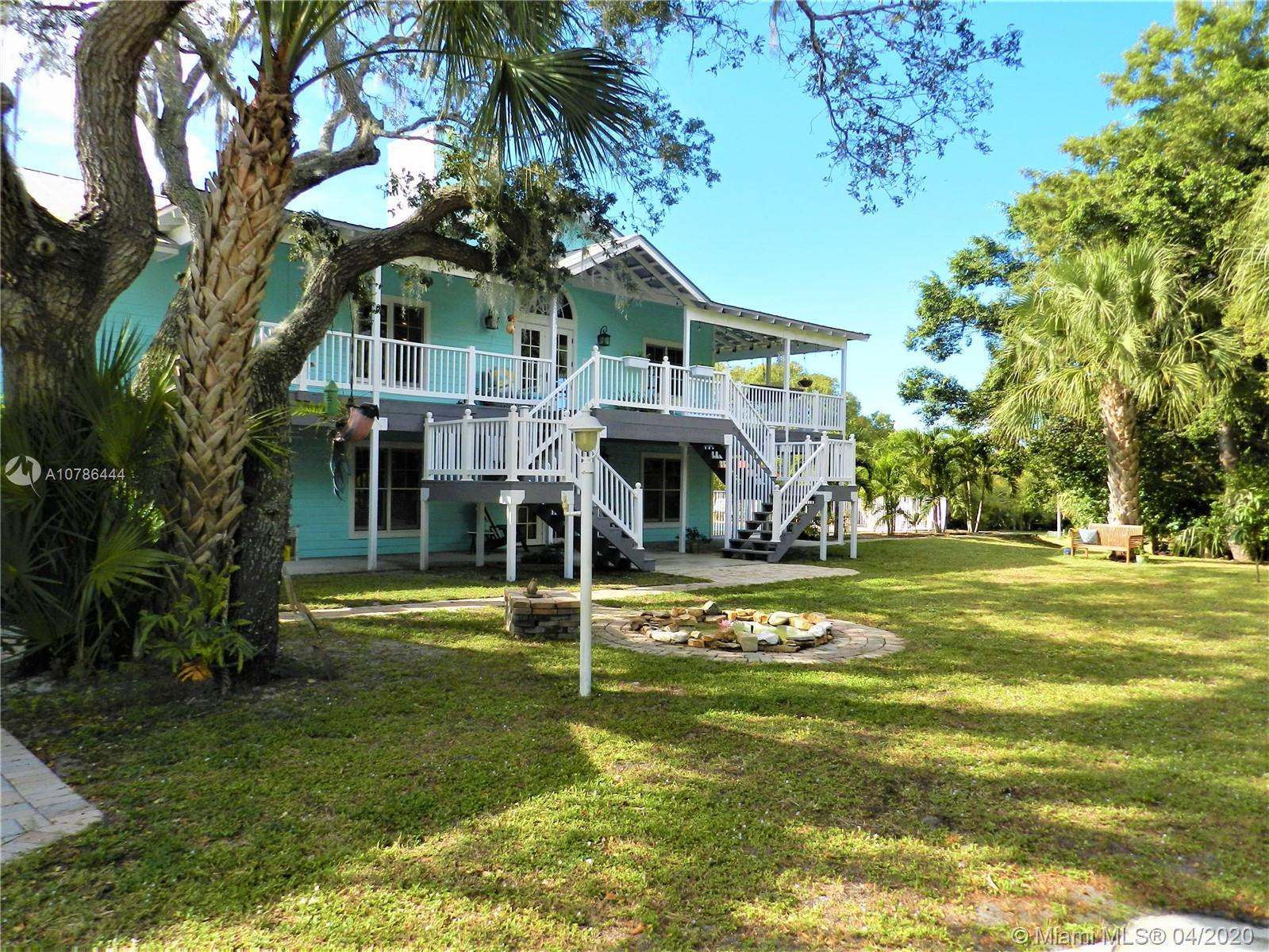 3327 SW Bessey Creek Trl, Palm City, FL 34990