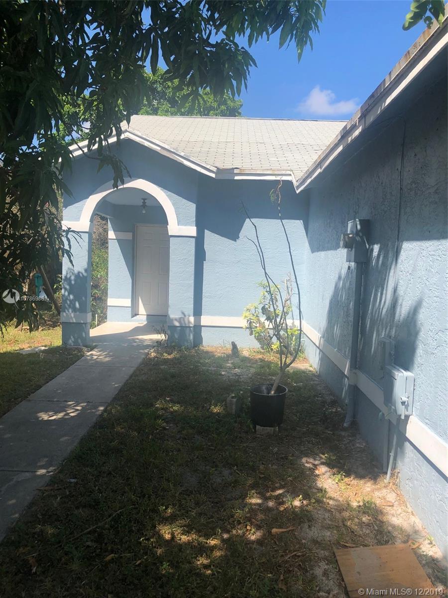 7 Ripley Way, Boynton Beach, FL 33426