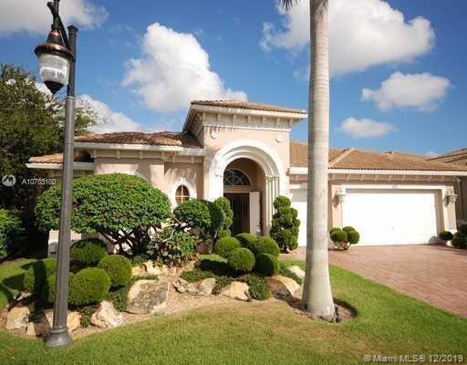 501 Les Jardin Dr, Palm Beach Gardens, FL 33410