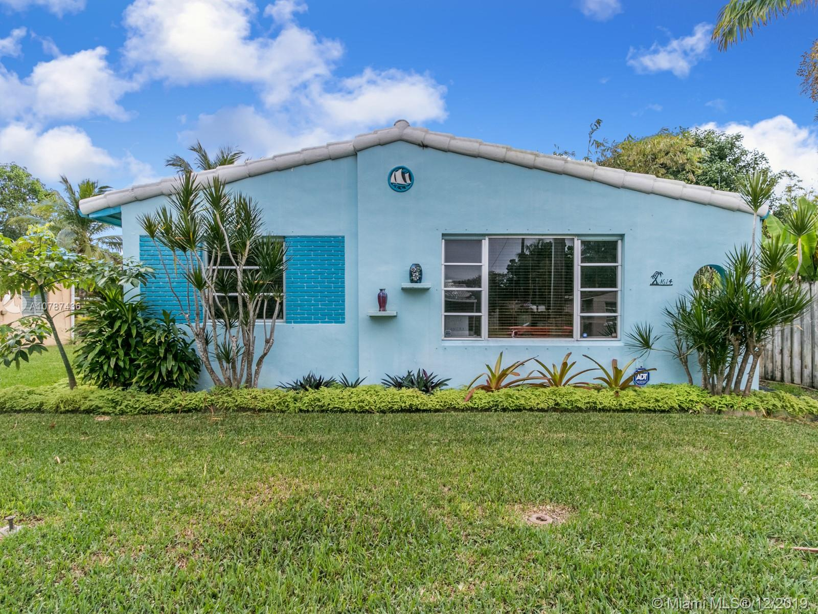 1614  Mayo St  For Sale A10787436, FL