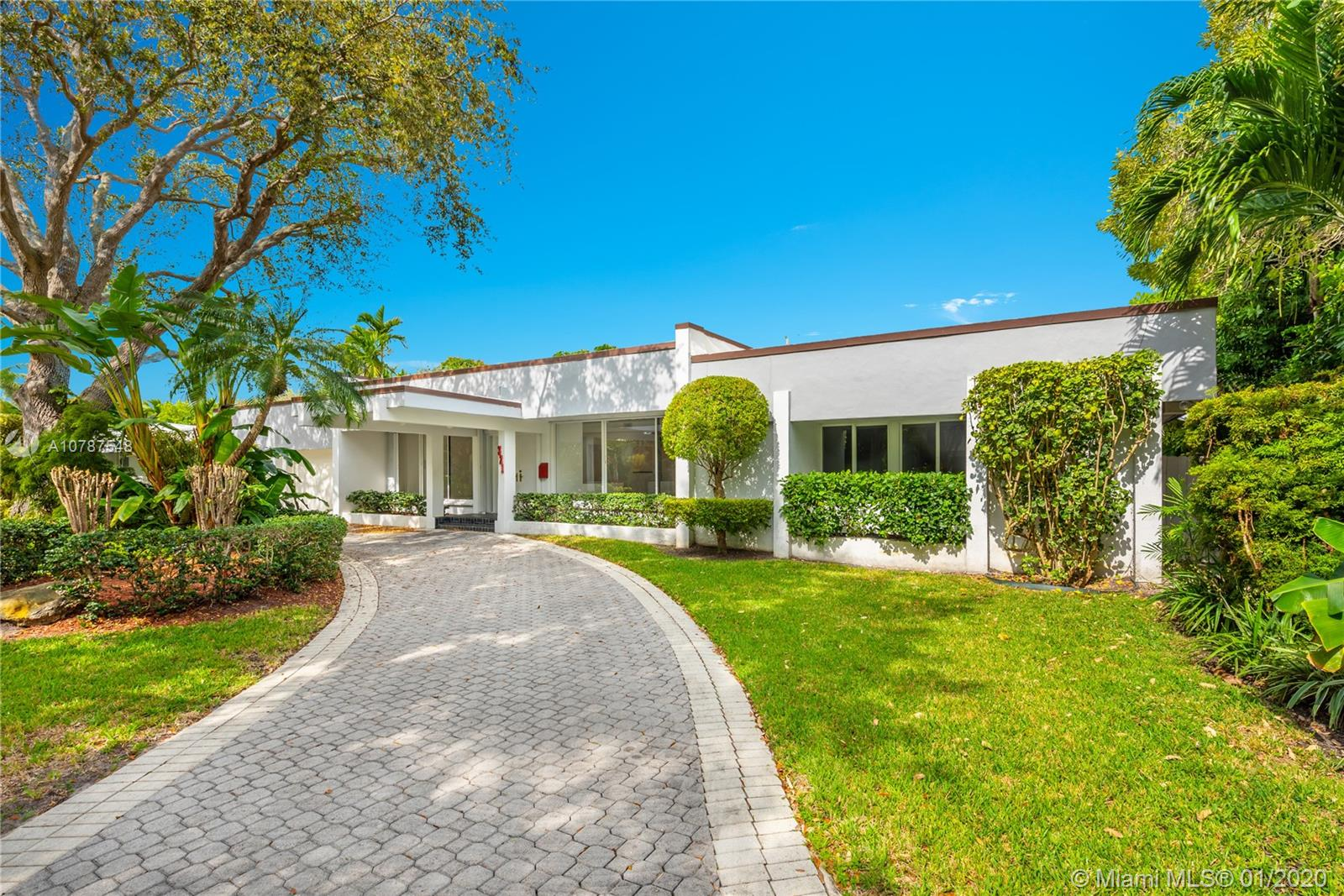 321  Island Dr  For Sale A10787548, FL