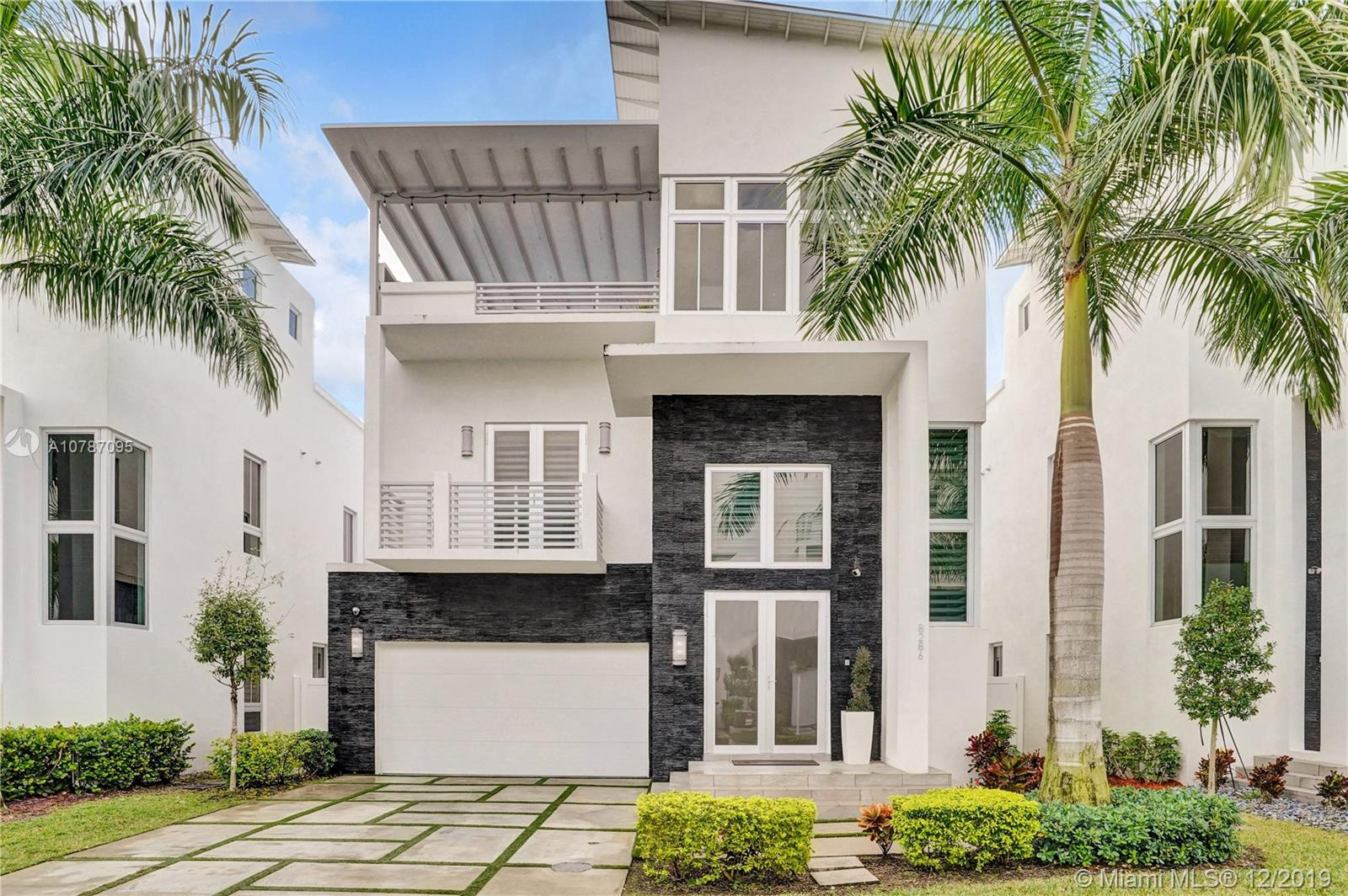 8286 NW 33rd Ter  For Sale A10787095, FL