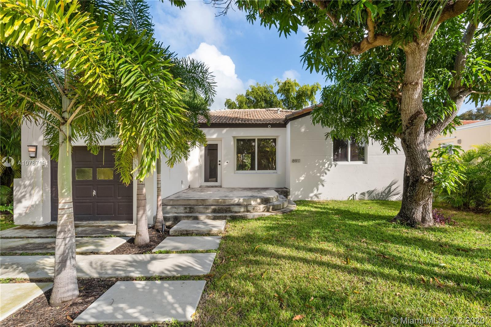 8911  Hawthorne Ave  For Sale A10787191, FL