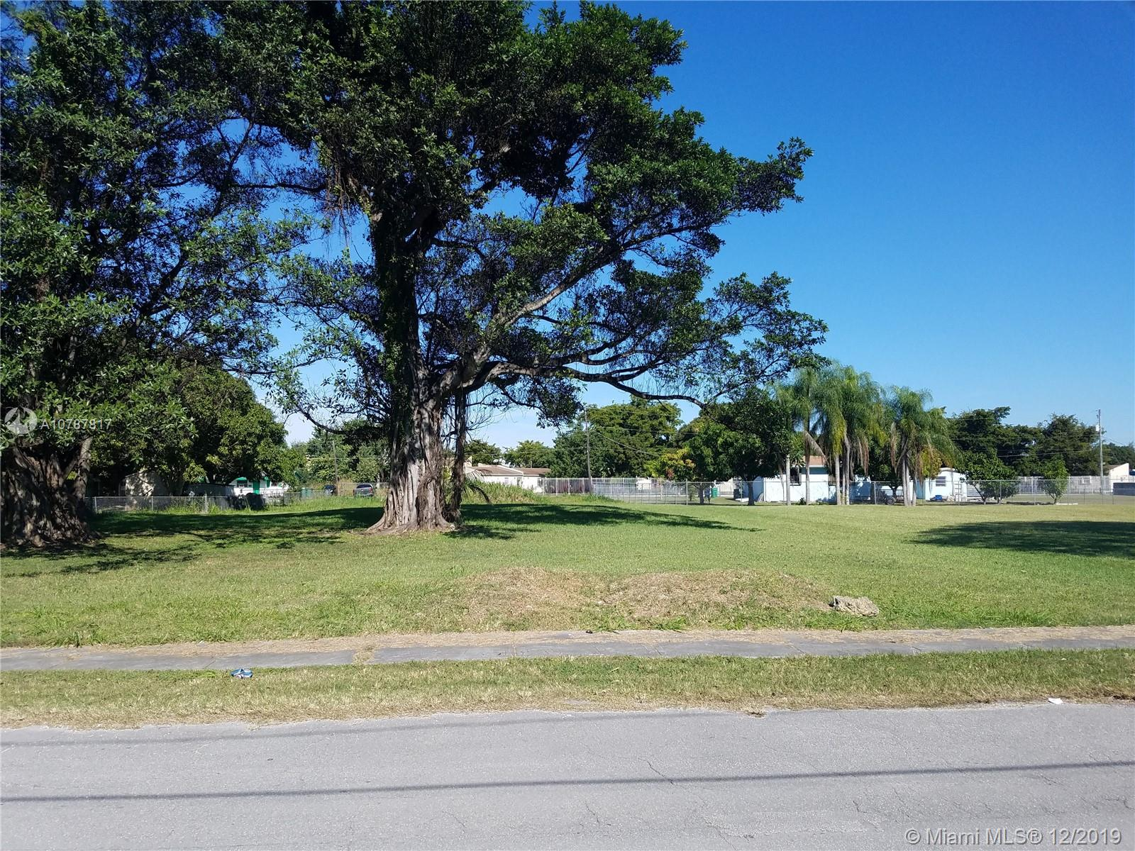 W Guava St  For Sale A10787817, FL