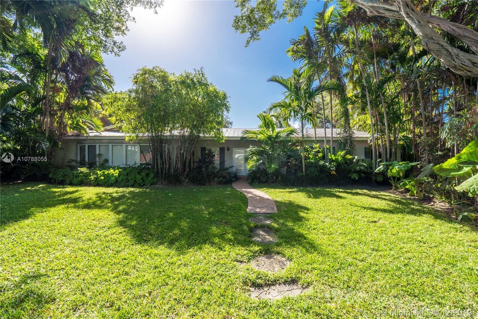 6970 SW 125th St  For Sale A10788055, FL