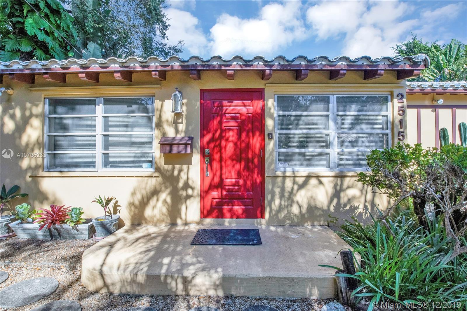 2515  Overbrook St  For Sale A10785233, FL