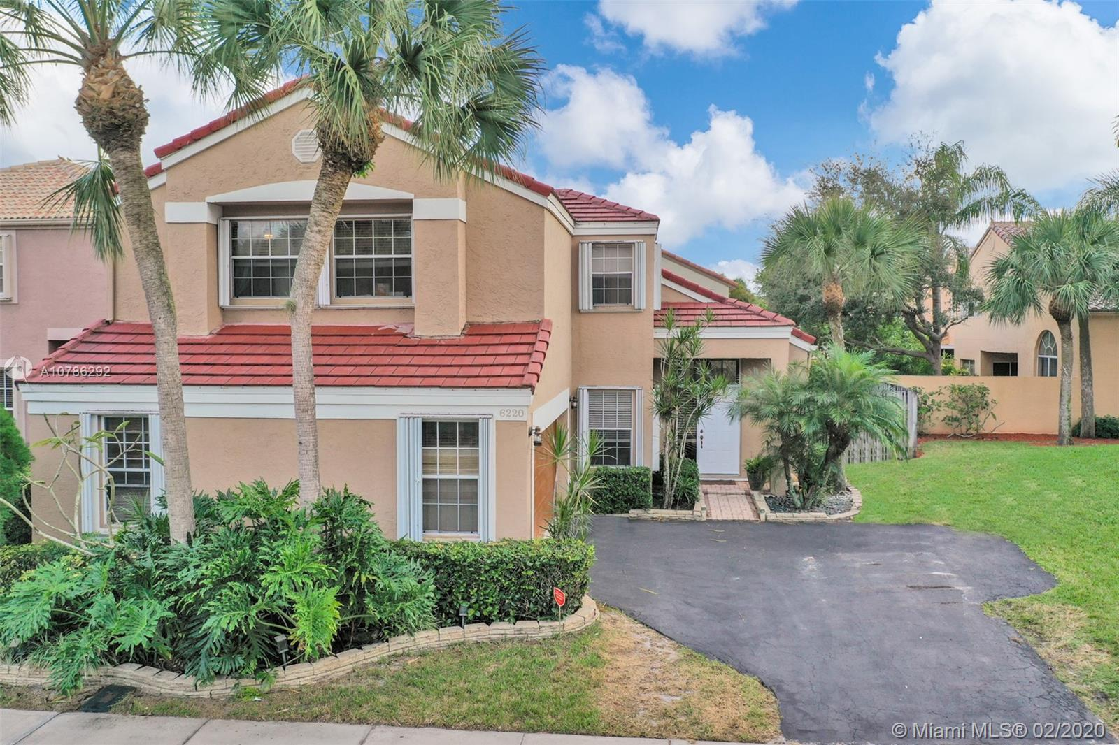 6220 NW 77th Pl  For Sale A10786292, FL