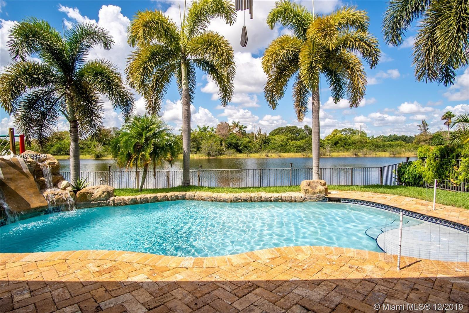 2306 SW 183rd Ter  For Sale A10788408, FL