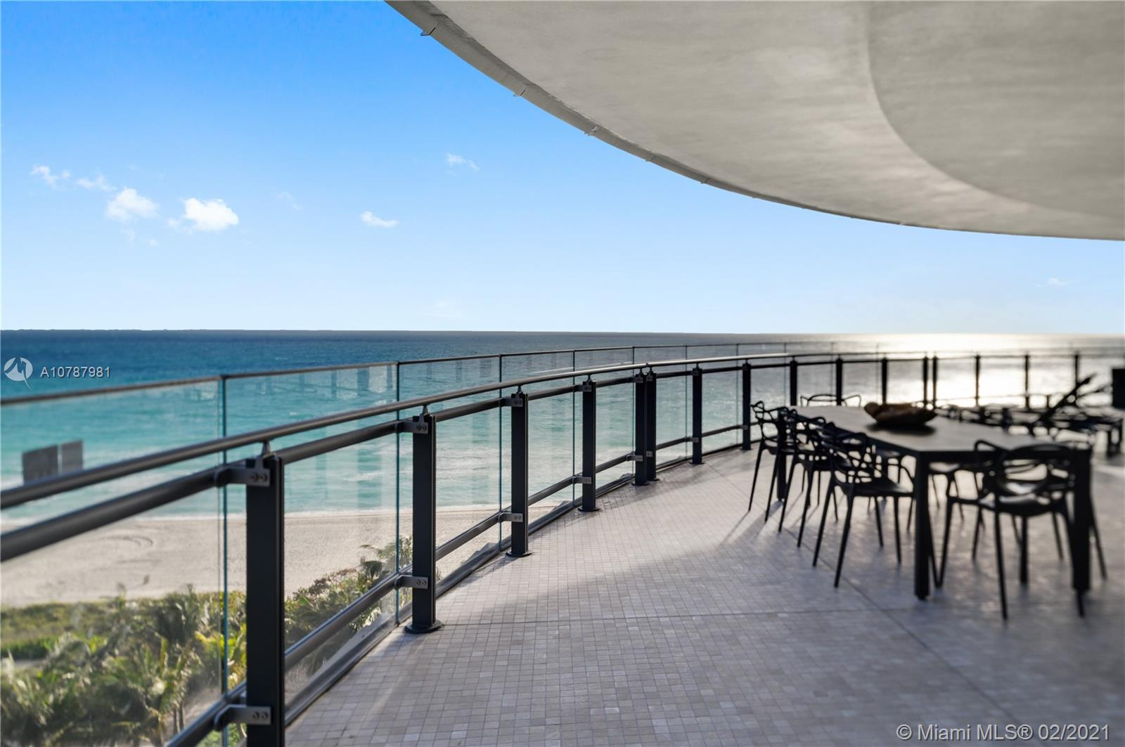 """Just completed,18 story building with just 70 luxurious residences,Eighty Seven Park designed by Pritzker Prize-winning architect Renzo Piano,features stunning ocean,city and park views.Enjoy the direct ocean views from this 3 bed,3.5 bath line 01 designed by Rena Dumas (RDAI):Wolf & subzero appliances,natural stone counter tops & back splashes,Zucchetti bathroom fixtures,vanities & accessories,floor to ceiling windows,10""""ceilings and a 1,715 sf wrap around terrace.Eighty Seven features both indoor & outdoor amenities which include:Soul Center Spa,Enoteca,Library,Apple (SMART) Center,Private Garden,Fugo Bar,Botanical Exhibition,Pool & Cabanas.Located at the gateway to Miami Beach,close to Bal Harbour shopping,Eighty Seven Park provides unobstructed views of the park and ocean.Easy to show."""