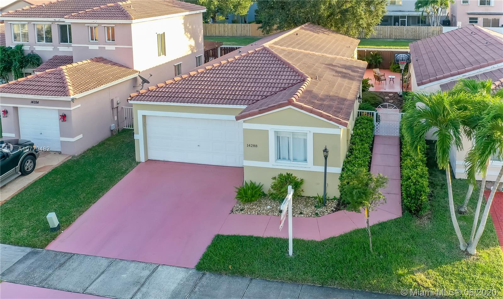 14288 SW 175th Terr  For Sale A10779482, FL