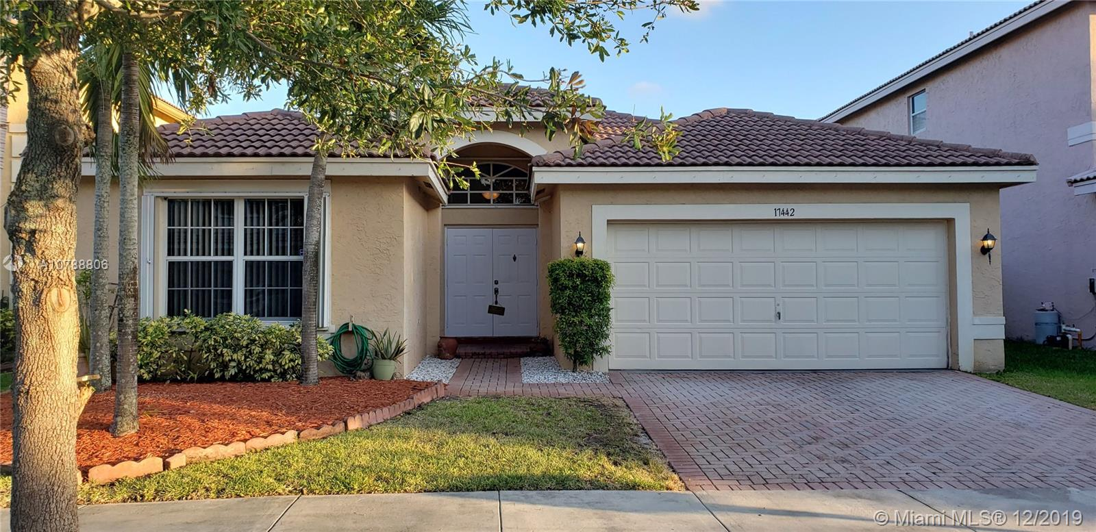 17442 SW 33rd St  For Sale A10788806, FL