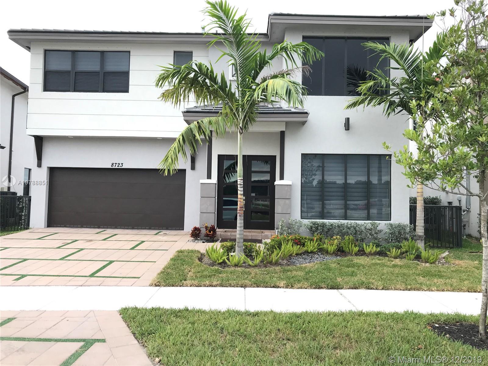 8723 NW 159th St, Miami Lakes, FL 33018