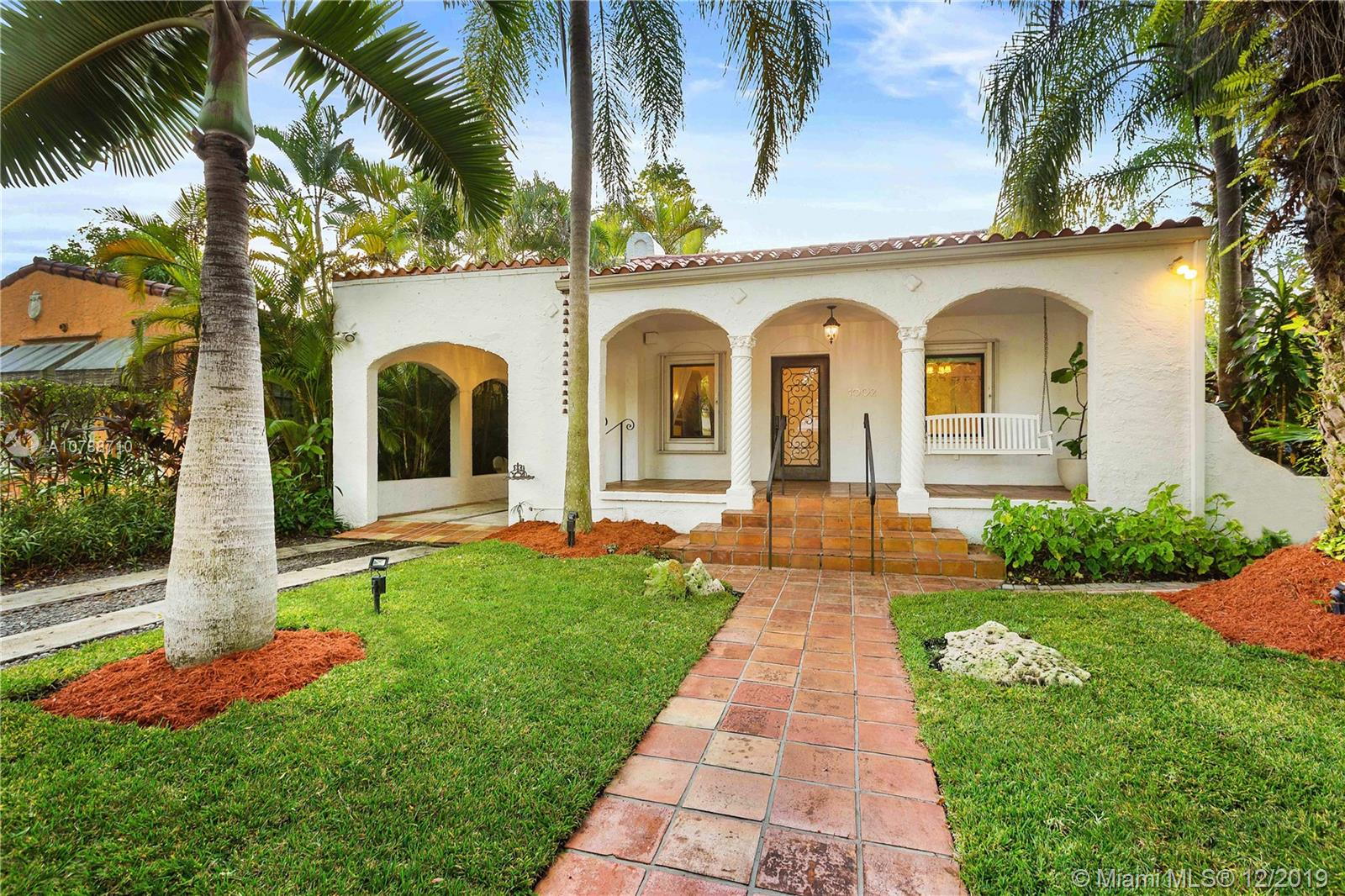 1002  Madrid St  For Sale A10788710, FL