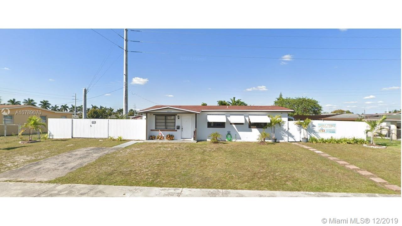10535 SW 146th Ter  For Sale A10789070, FL