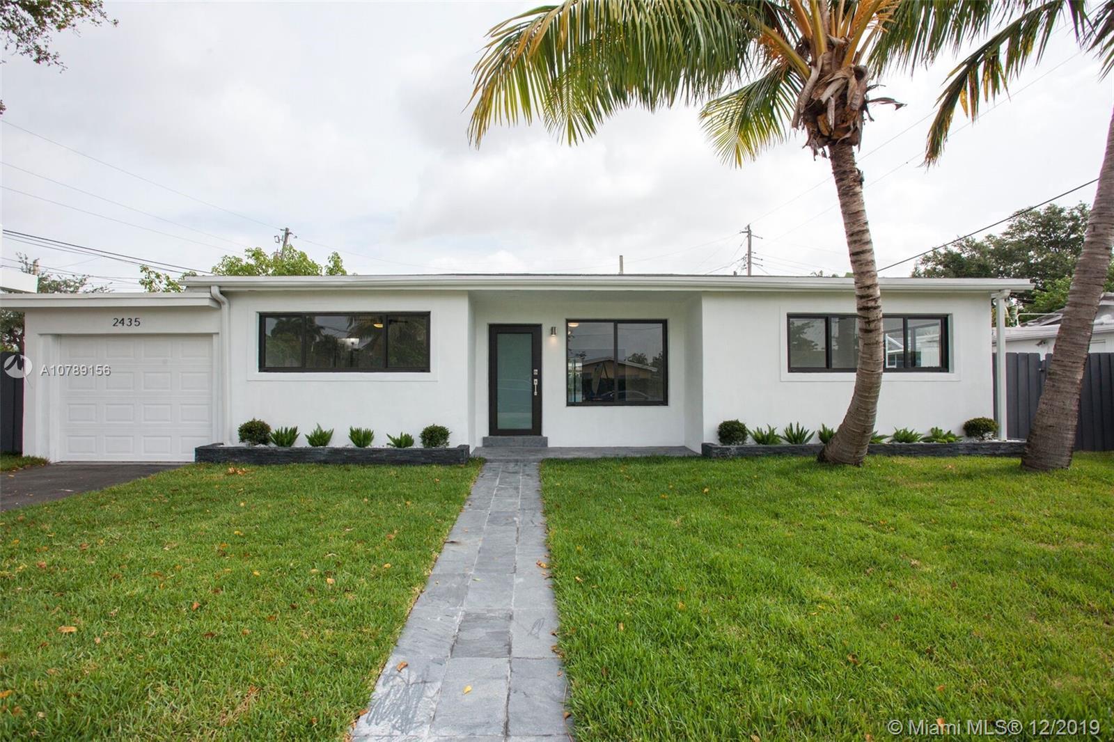 2435 NE 214th St  For Sale A10789156, FL
