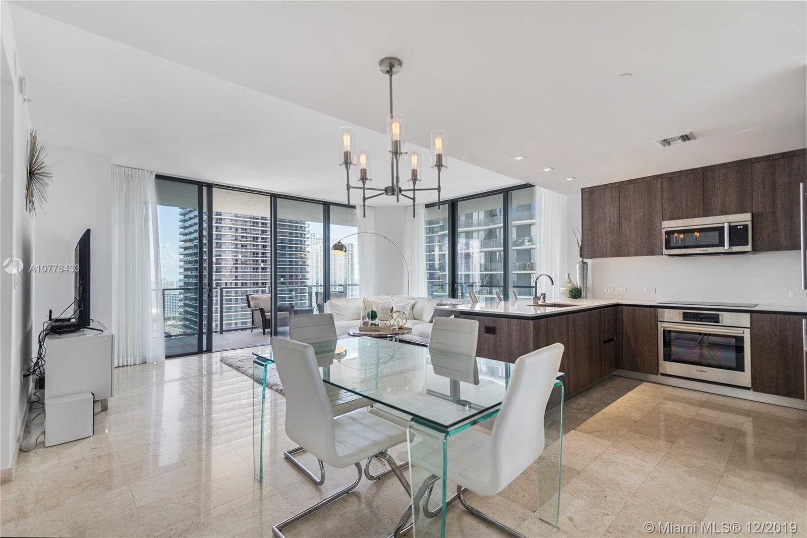 88 SW 7th St #2601 For Sale A10776433, FL