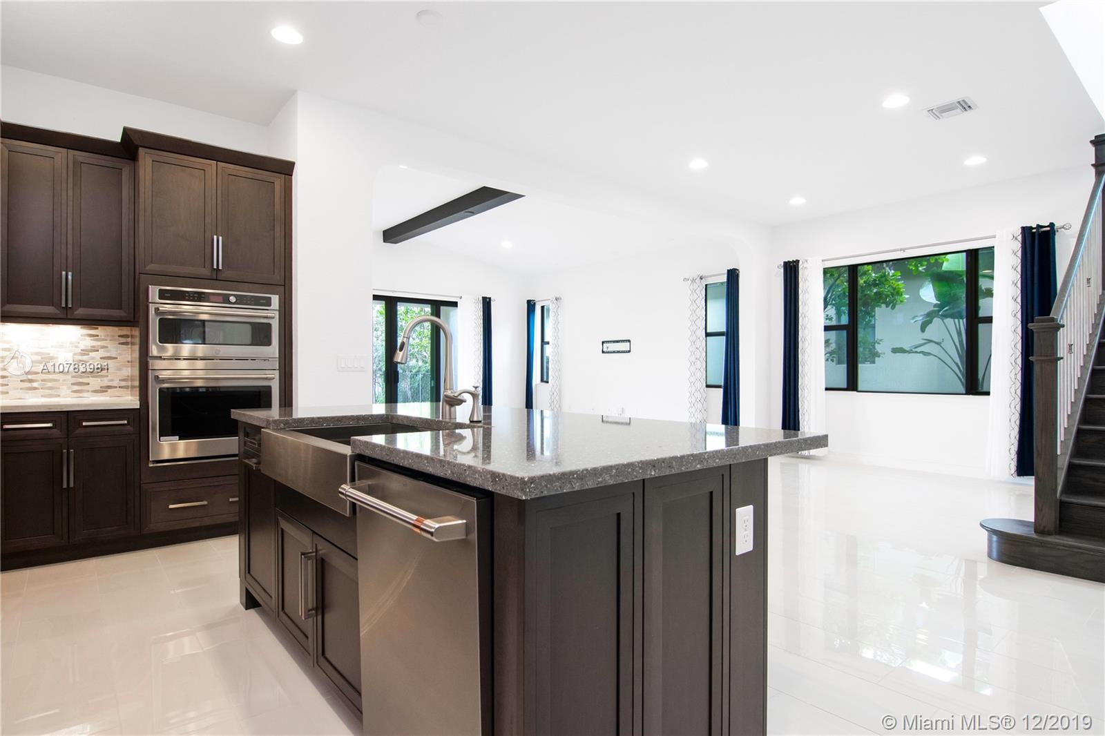 11401 SW 12th St  For Sale A10783981, FL