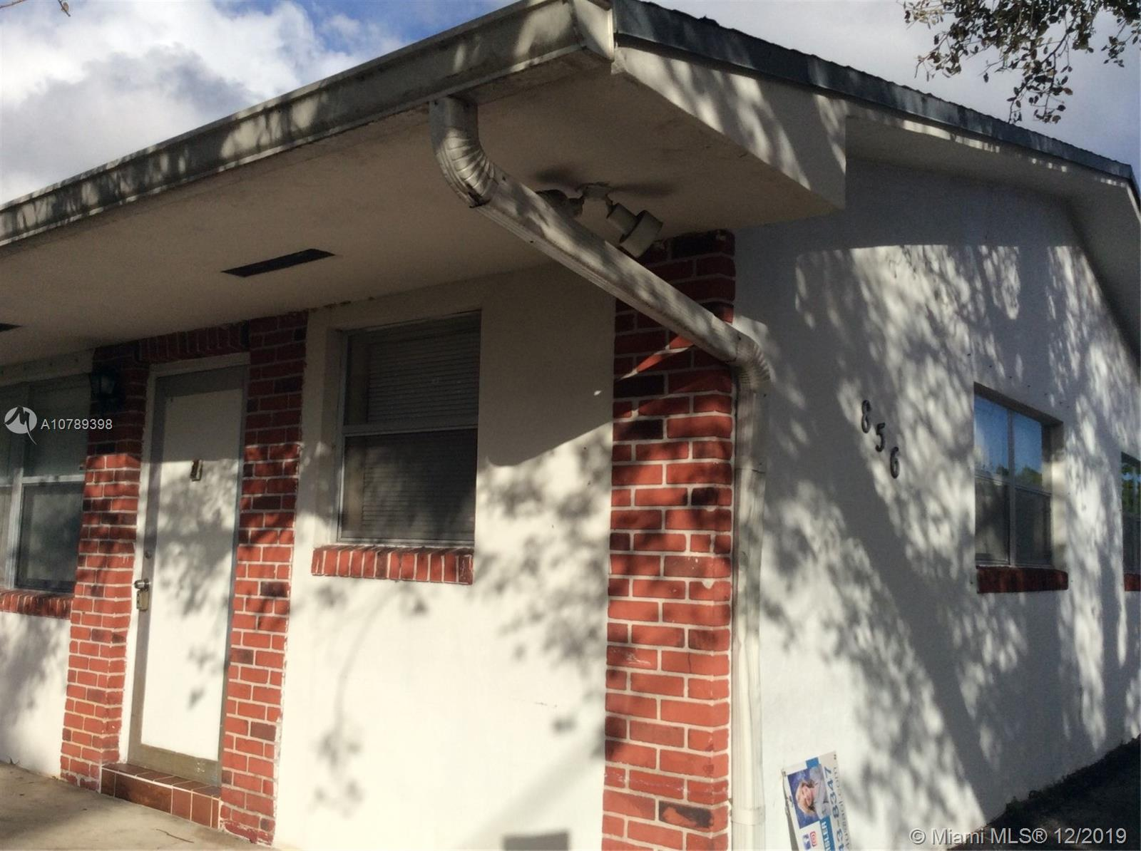 856 SW 10th St #1 For Sale A10789398, FL