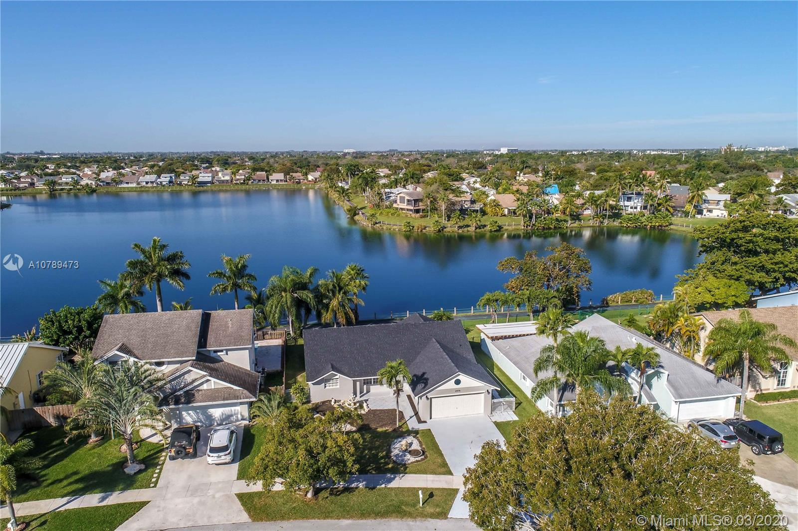 21970 SW 98th Ave  For Sale A10789473, FL