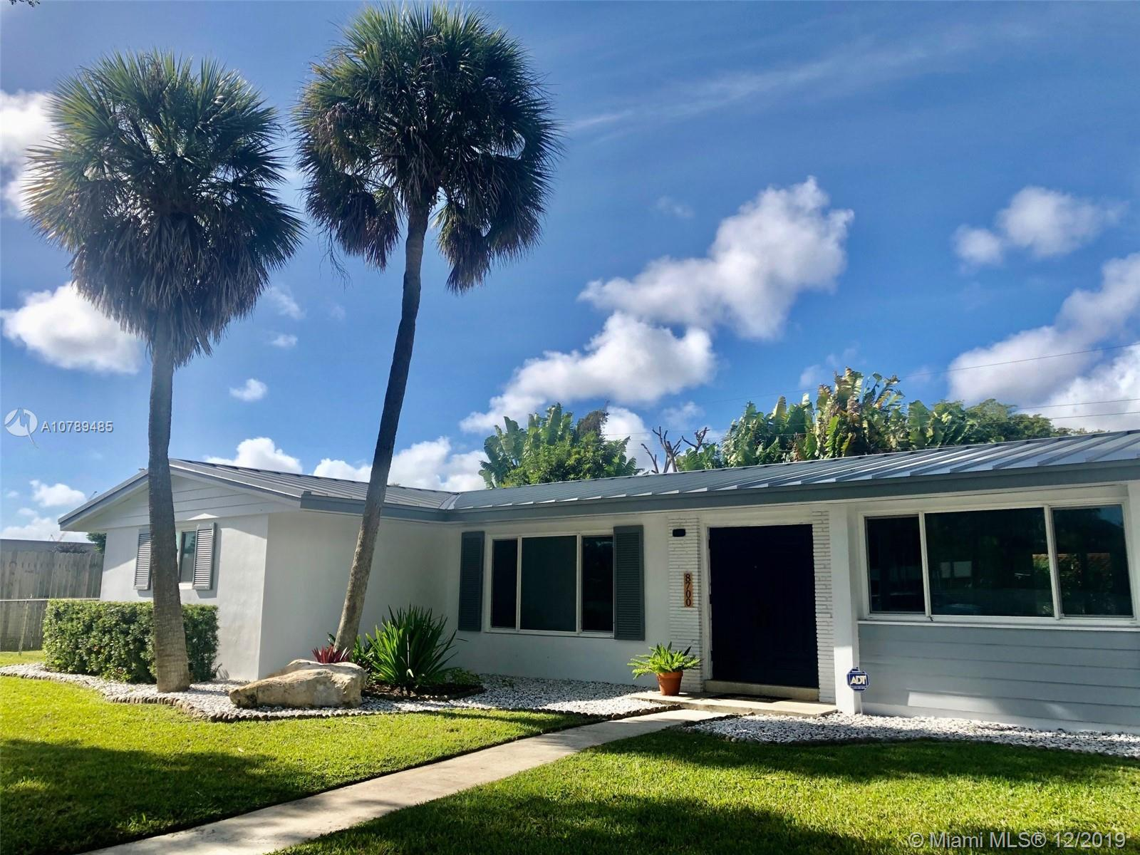 8700 SW 87th Ave  For Sale A10789485, FL