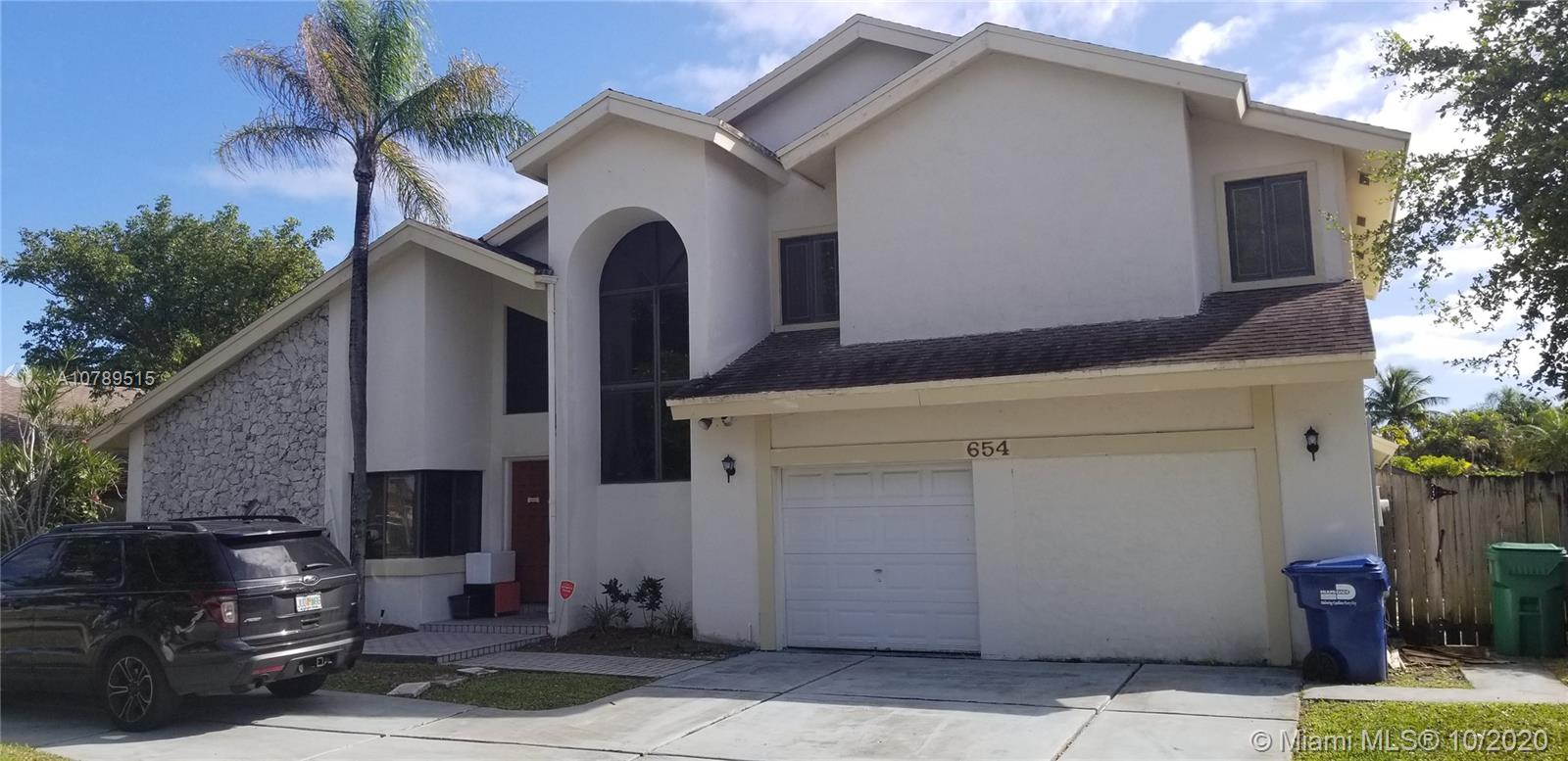 654 NE 205th Ter  For Sale A10789515, FL