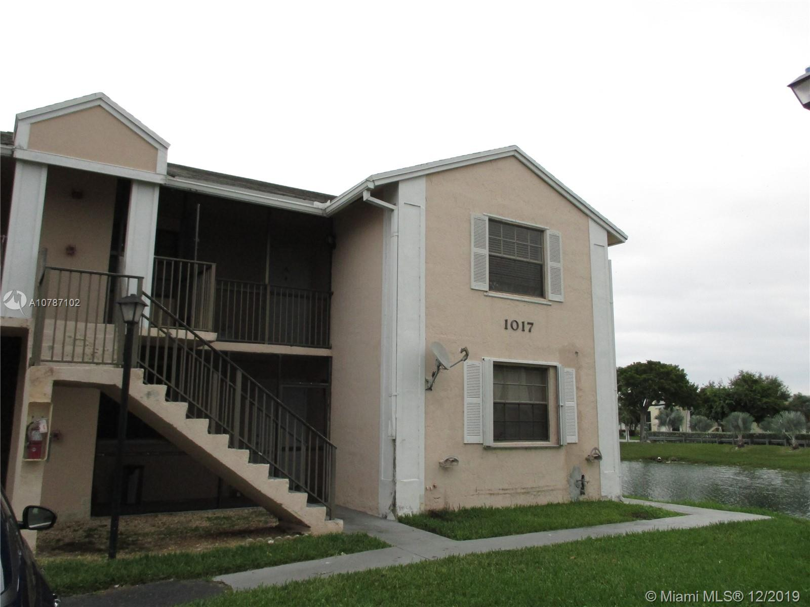 1017  Washington Cir #1017-I For Sale A10787102, FL