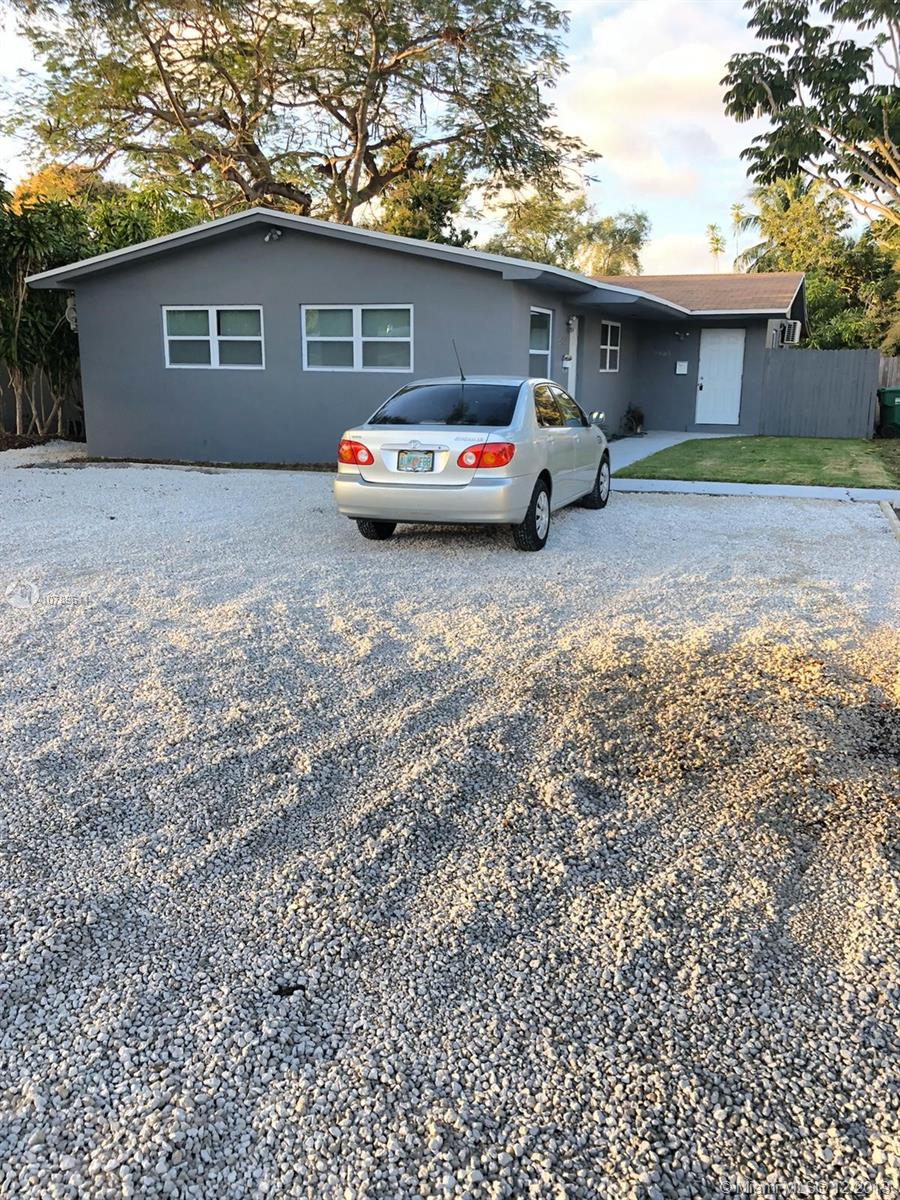2465 NE 183RD STREET  For Sale A10789611, FL