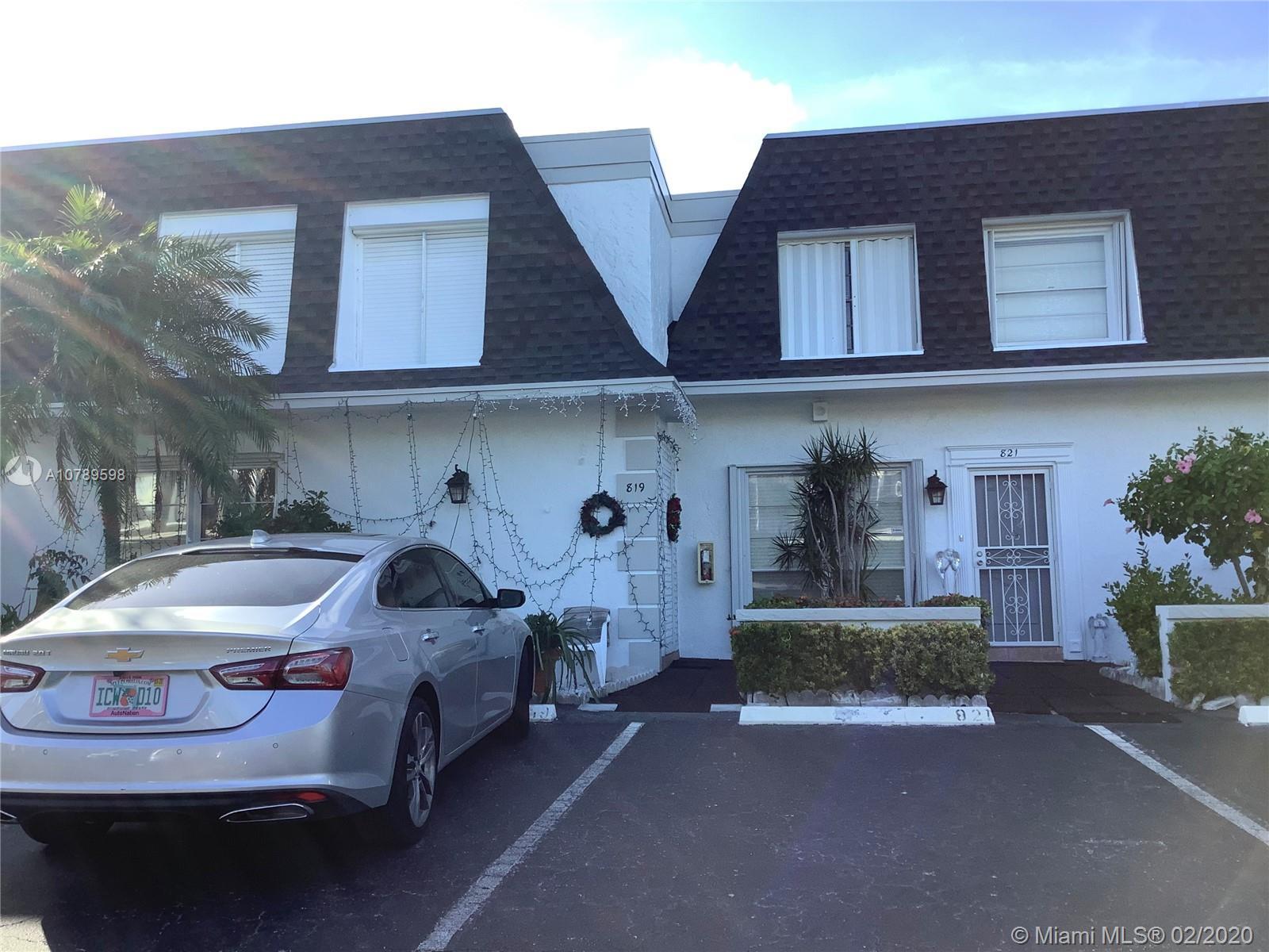 819 NE 26th Ave #819 For Sale A10789598, FL
