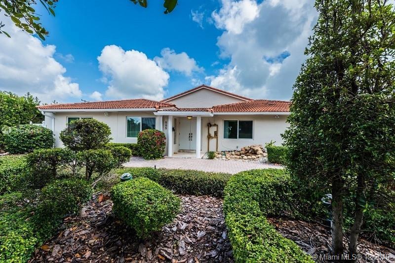 585 Fairway Dr, Miami Beach FL 33141