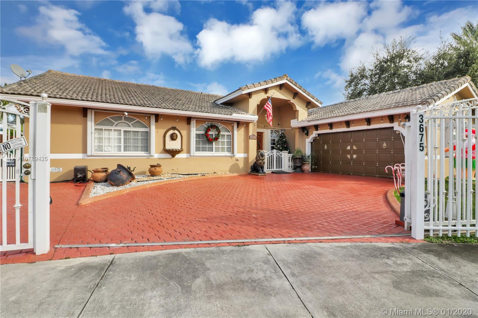 3675 SW 139th Pl  For Sale A10789425, FL