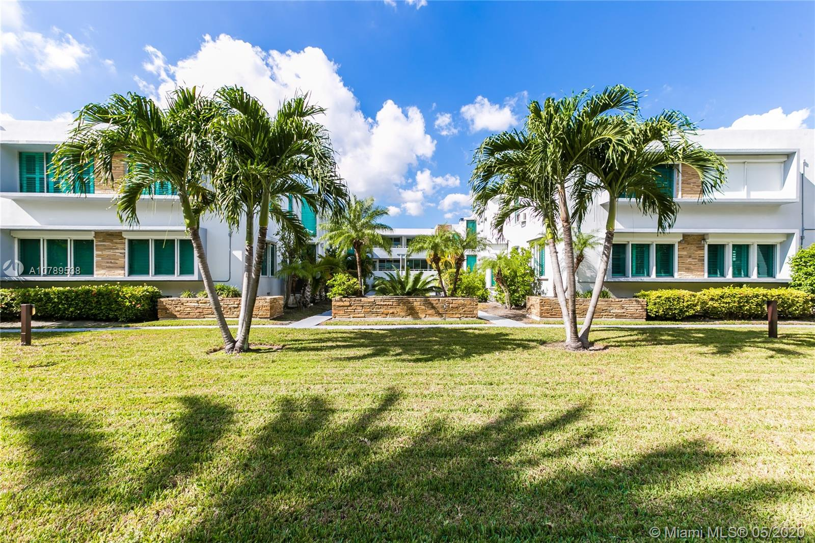 10178  Collins Ave #105 For Sale A10789538, FL