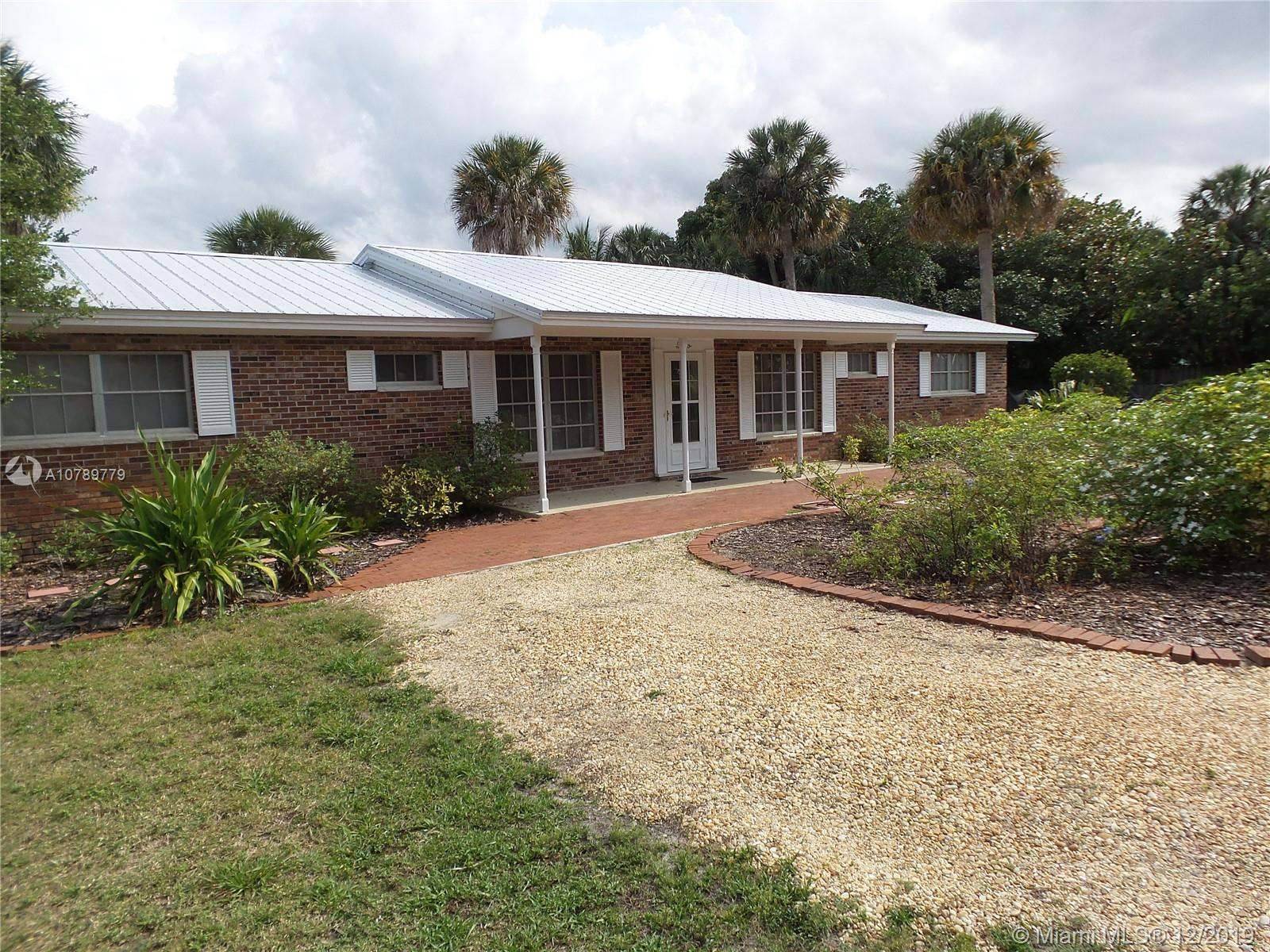 2 Melody Ln 2, Sewalls Point, FL 34996