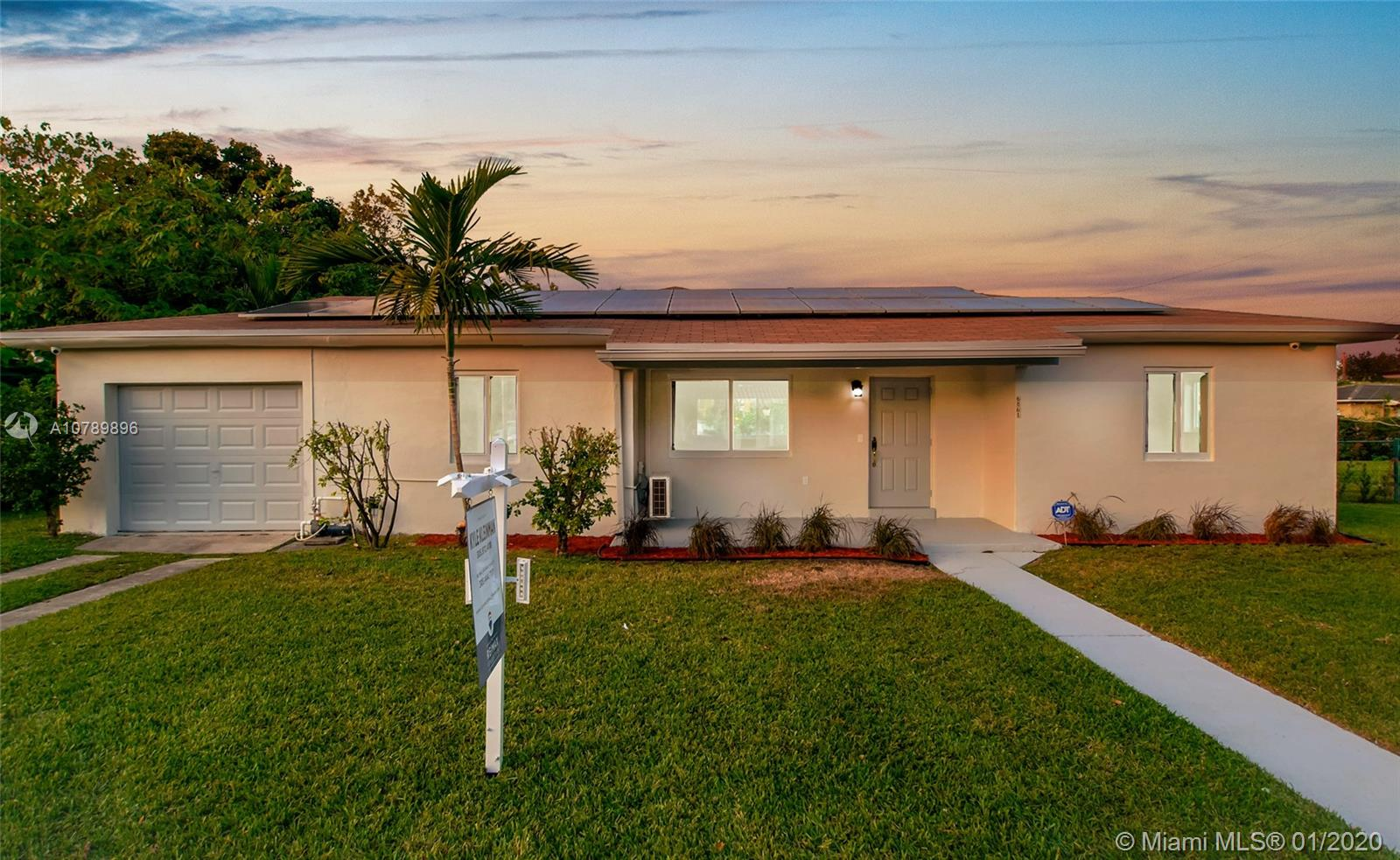 6861 SW 48th Ter  For Sale A10789896, FL