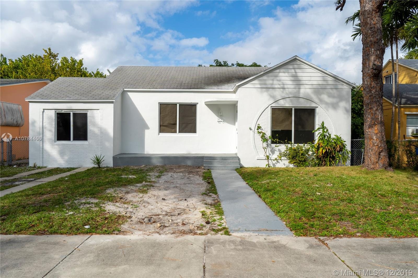 1035 NW 47 St  For Sale A10784466, FL