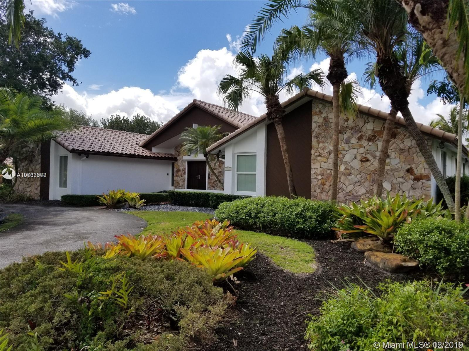 10500 SW 126th St  For Sale A10789978, FL