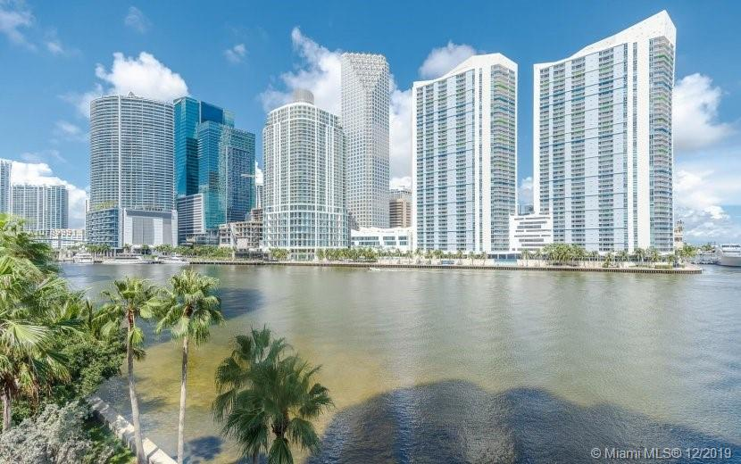 888 Brickell Key Dr #404, Miami FL 33131