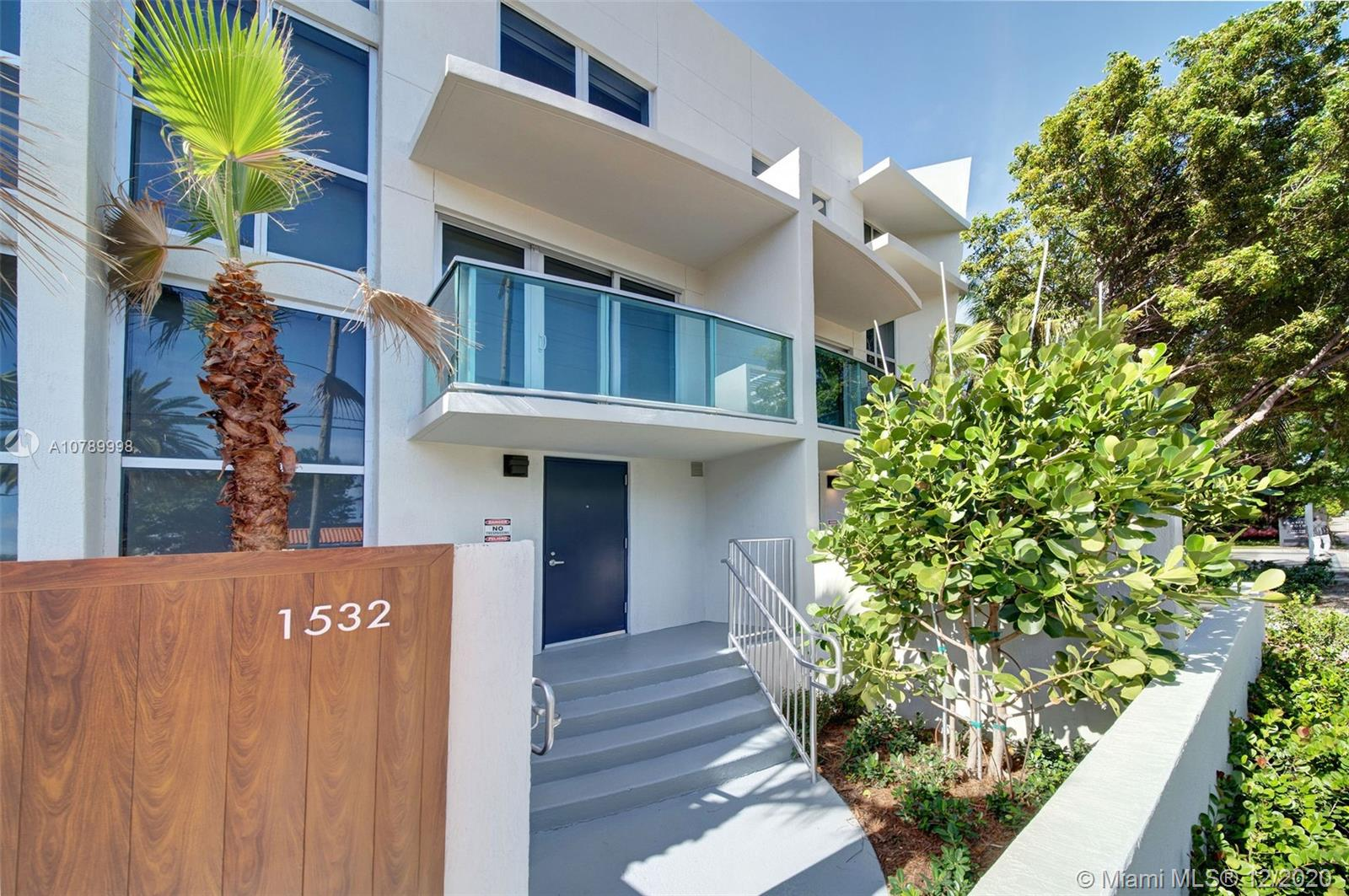 1500  Bay Rd #T-1532 For Sale A10789998, FL