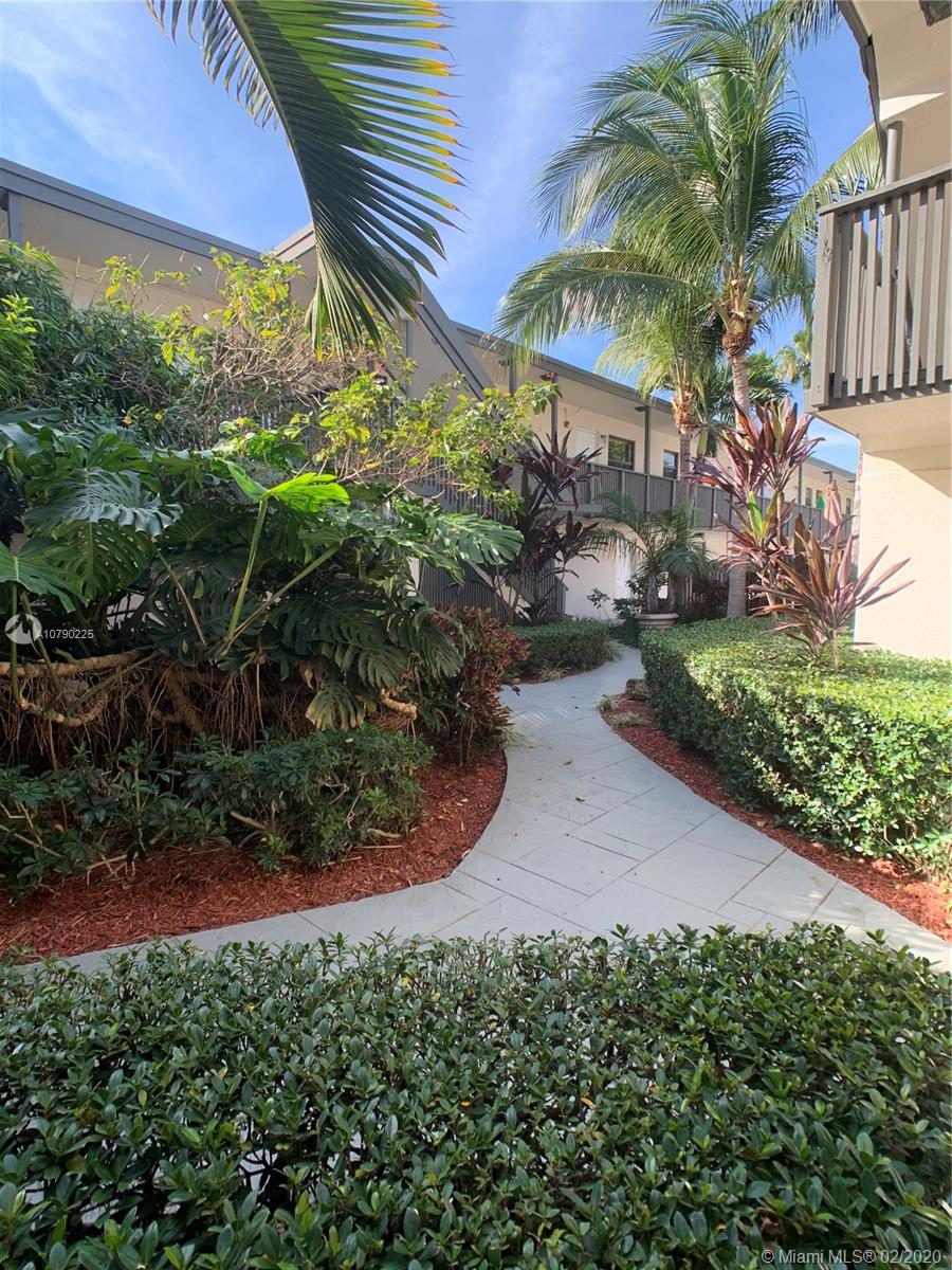 3265  Virginia St #6 For Sale A10790225, FL