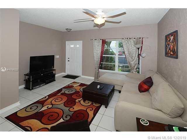 16747  Hemingway Dr  For Sale A10790322, FL