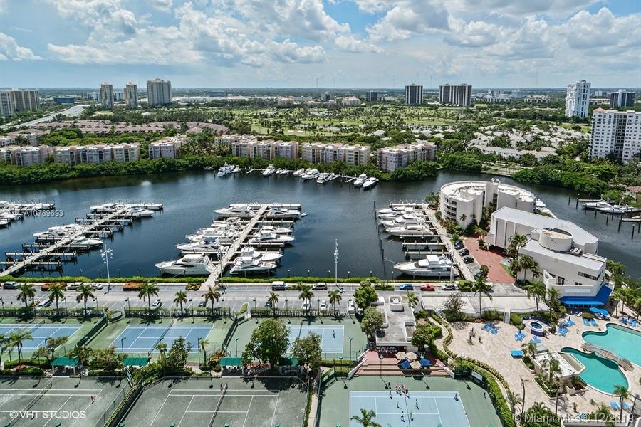 19707  Turnberry Way #23C For Sale A10789893, FL