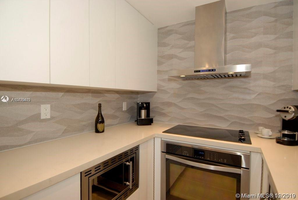 1200  West Ave #414 For Sale A10790409, FL