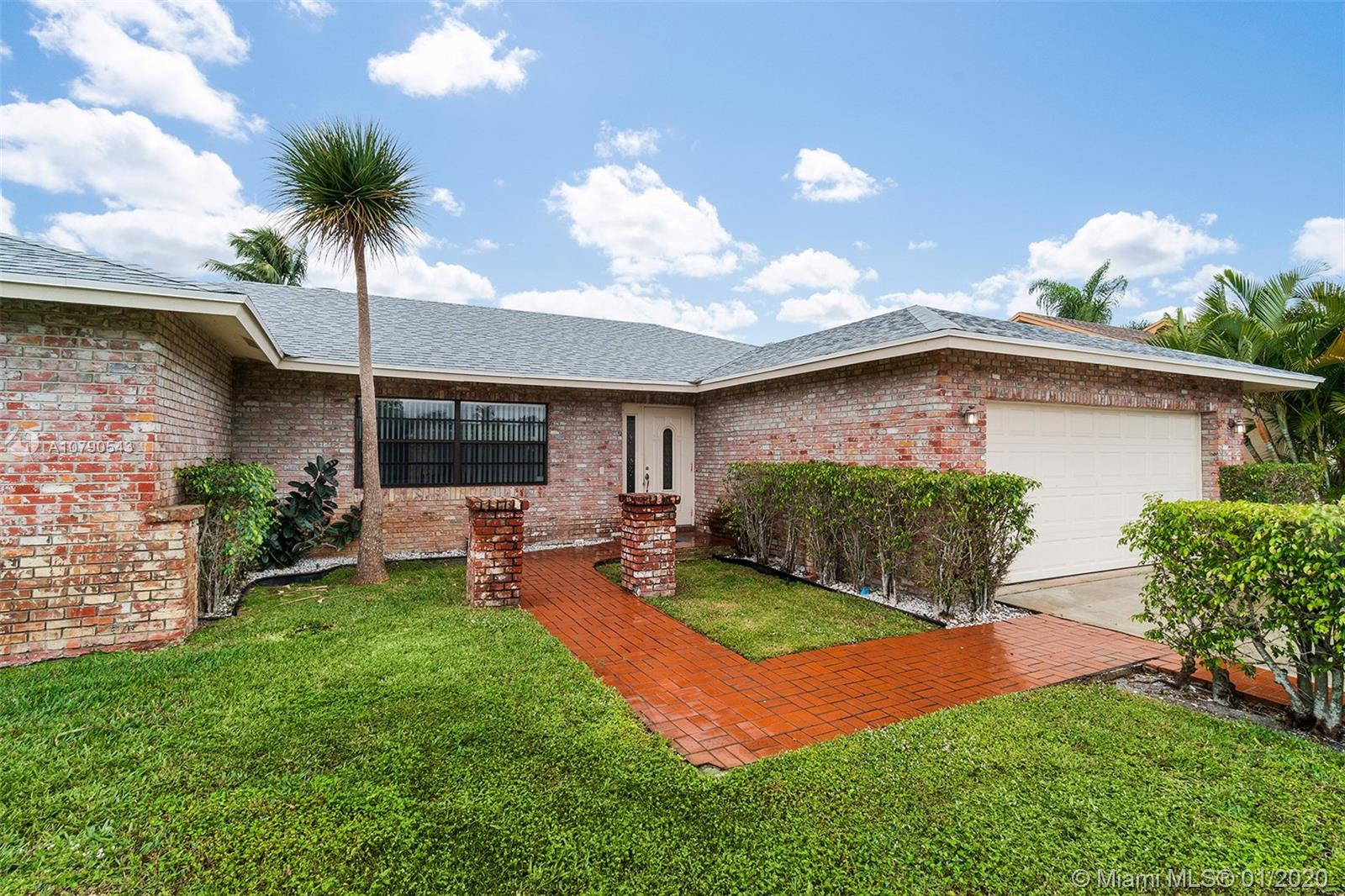 17679 Woodview Ter, Boca Raton, FL 33487