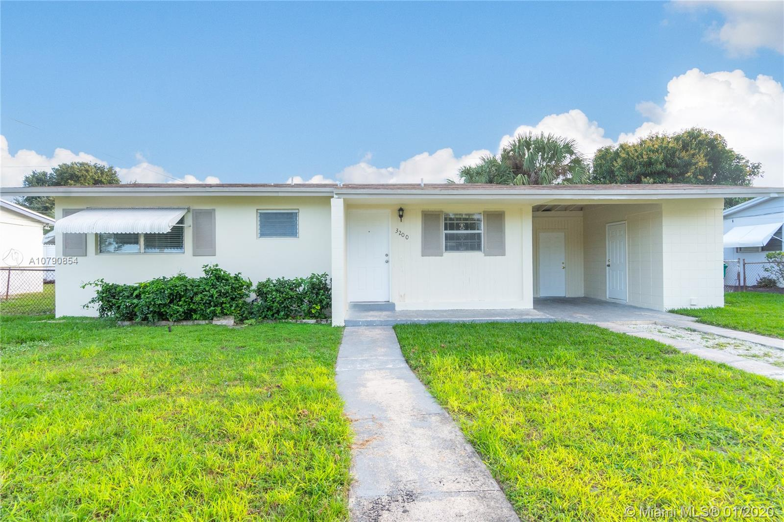 REMODELED & SPACIOUS 2 BEDROOM, 1 BATHROOM, FLORIDA ROOM AND COVERT CARPORT, TILE AND CONCRETE FLOORS, FRESHLY PAINTED INSIDE AND OUT, LARGE FENCED BACKYARD, NEW APPLIANCES, WASHER/DRYER INSIDE. NEAR MAJOR HIGHWAY, RESTAURANTS & SHOPPING CENTERS.
