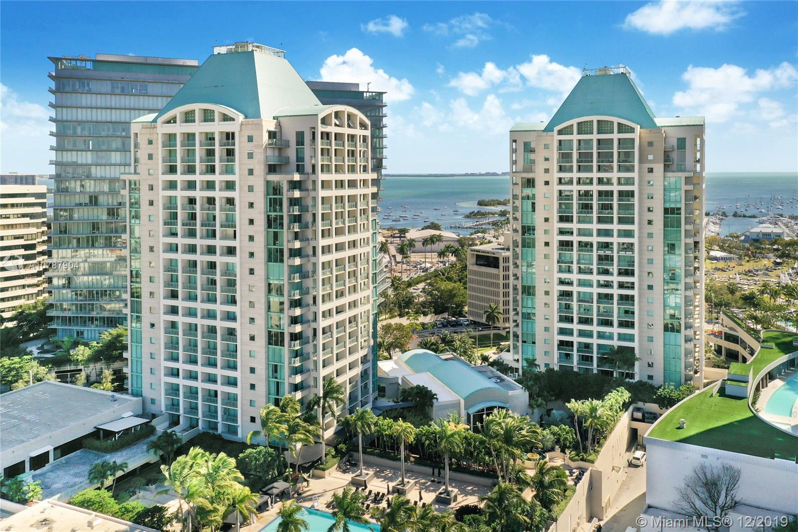 Legendary Ritz-Carlton luxury and lifestyle in the heart of Coconut Grove across from Biscayne Bay, Regatta park and the marina. Access to all 5-star hotel amenities including full-service pool, spa, fitness center, restaurants & bars, concierge and valet parking plus residents-only amenities. Walking distance to waterfront parks, restaurants, shops and entertainment. Easy drive to Miami Beach, Downtown Miami, Coral Gables and the Miami International Airport.