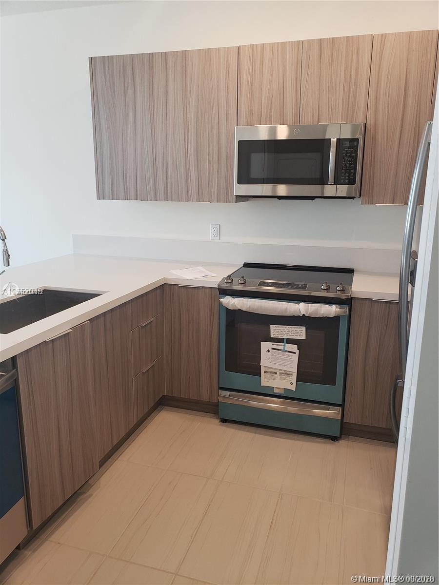 10229 NW 64th Ter #103 For Sale A10790272, FL