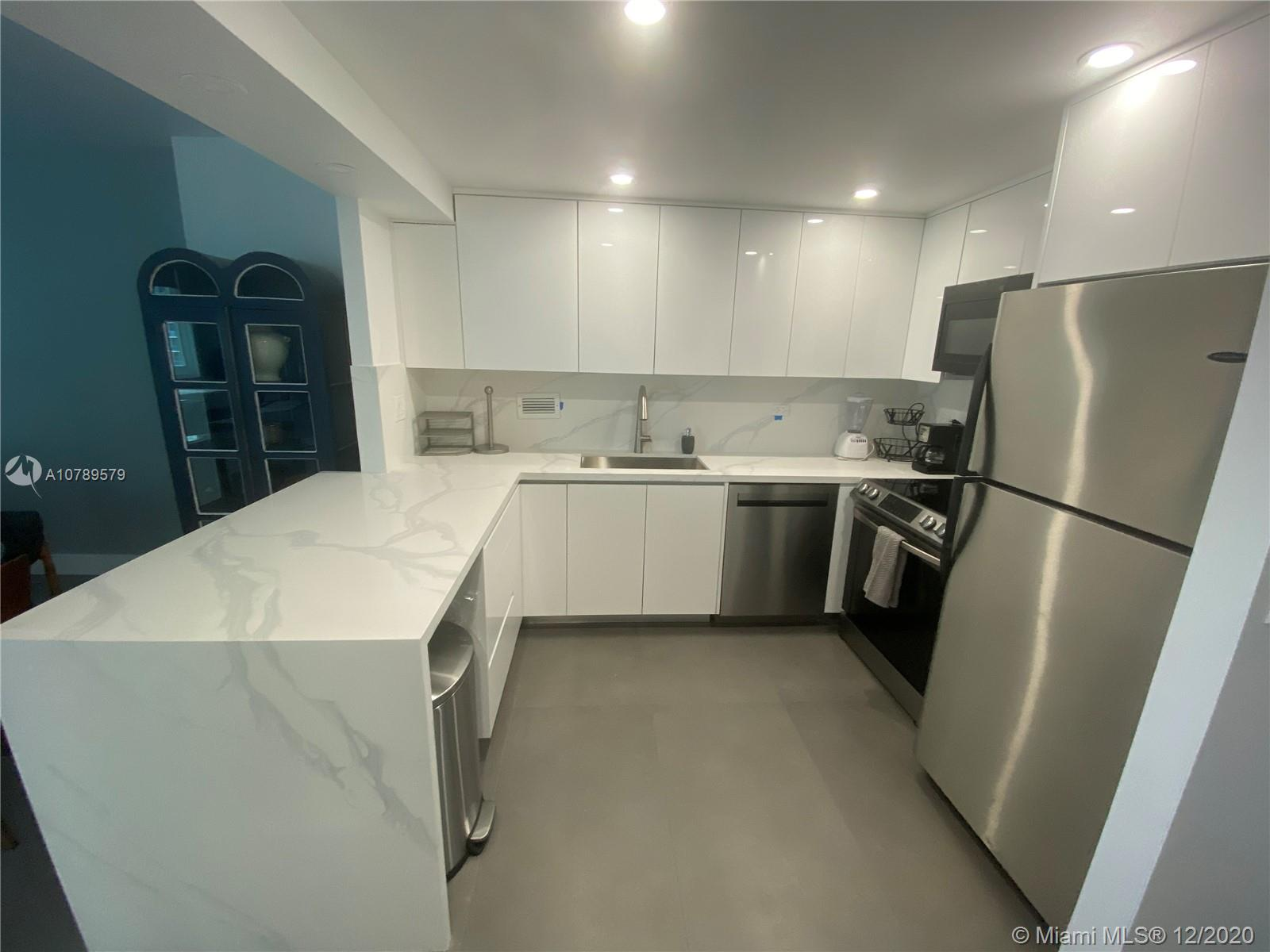 2301  Collins Ave #1543 For Sale A10789579, FL