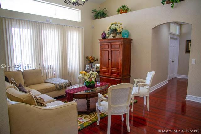 6404 NW 43rd Ter  For Sale A10791147, FL